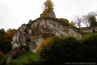 Zamek w Ojcowie wzgórze